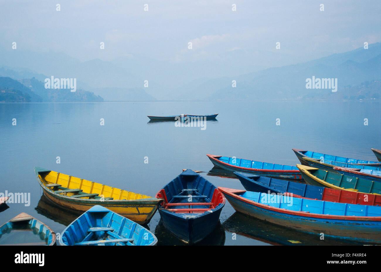 Boats on Phewa lake ( Nepal) - Stock Image