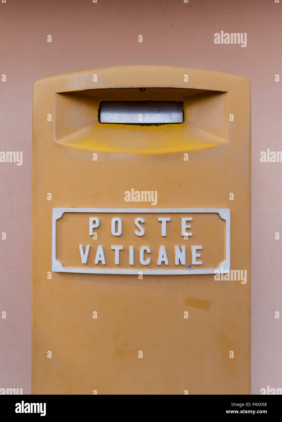 Mailbox of Poste Vaticane, the postal service of sovereign Vatican City, outside the top floor of St Peter's - Stock Image
