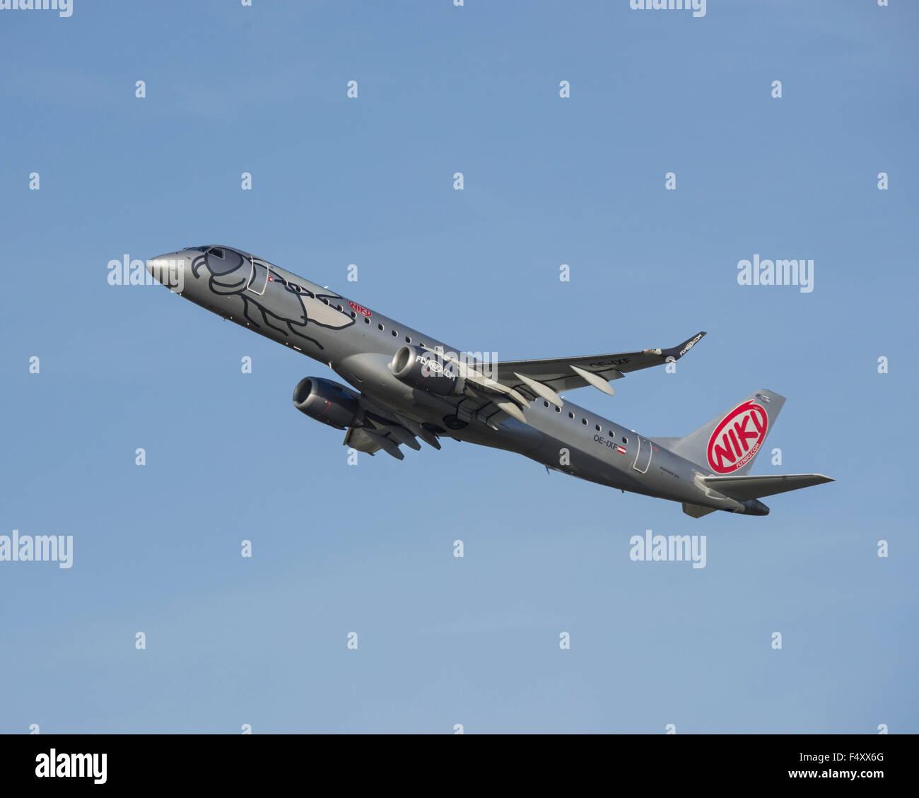 Embraer ERJ-190-100LR, NIKI Luftfahrt GmbH, climbing - Stock Image