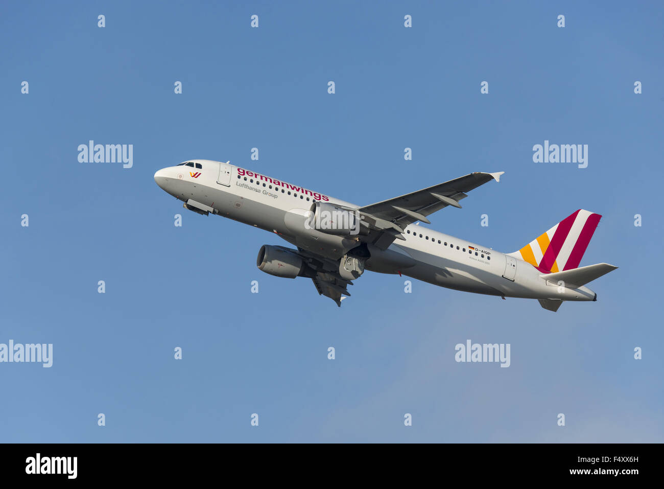 Airbus A320-211 climbing, German Wings, D-AIQP - Stock Image