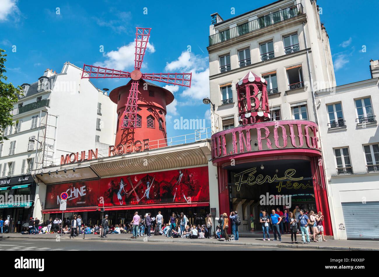 Moulin Rouge, Montmartre, Paris, Ile-de-France, France - Stock Image