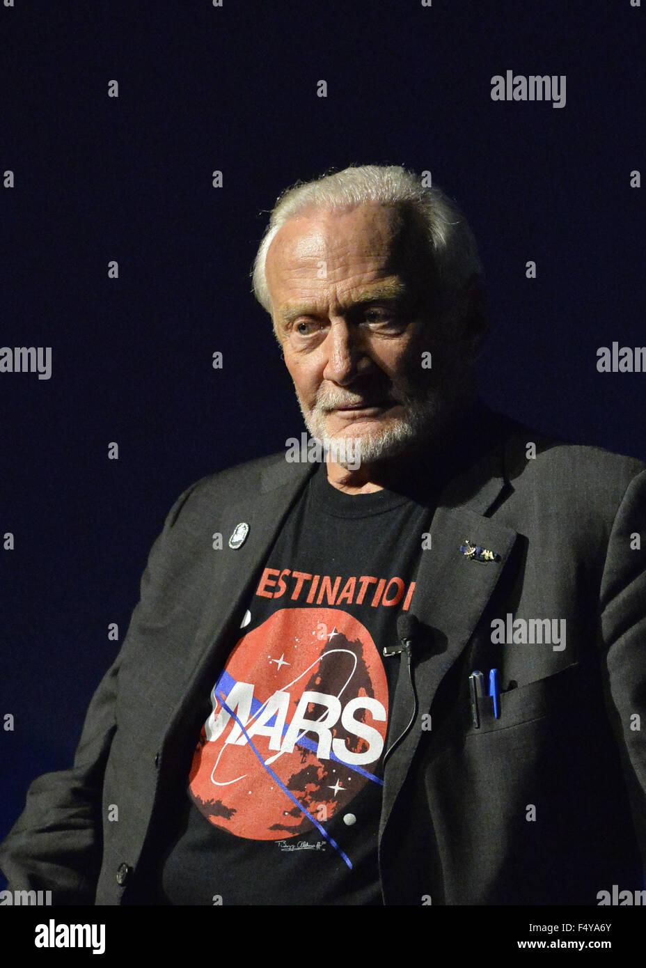 Garden City, New York, USA. 23rd Oct, 2015. Former NASA astronaut Edwin BUZZ ALDRIN has a serious expression during - Stock Image