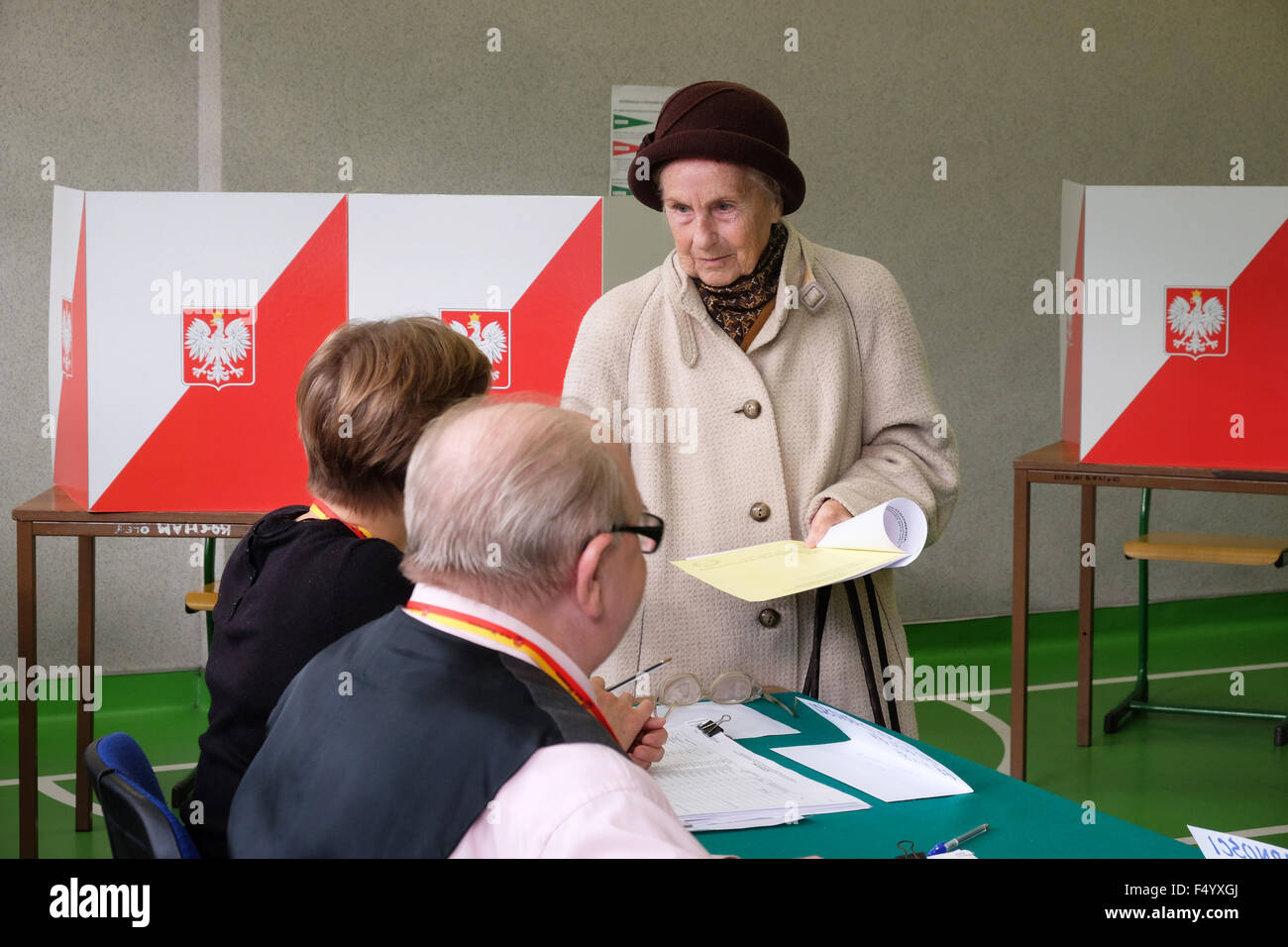 Warsaw, Poland - Sunday 25th October 2015 - National parliamentary election - Voters attend an election polling - Stock Image