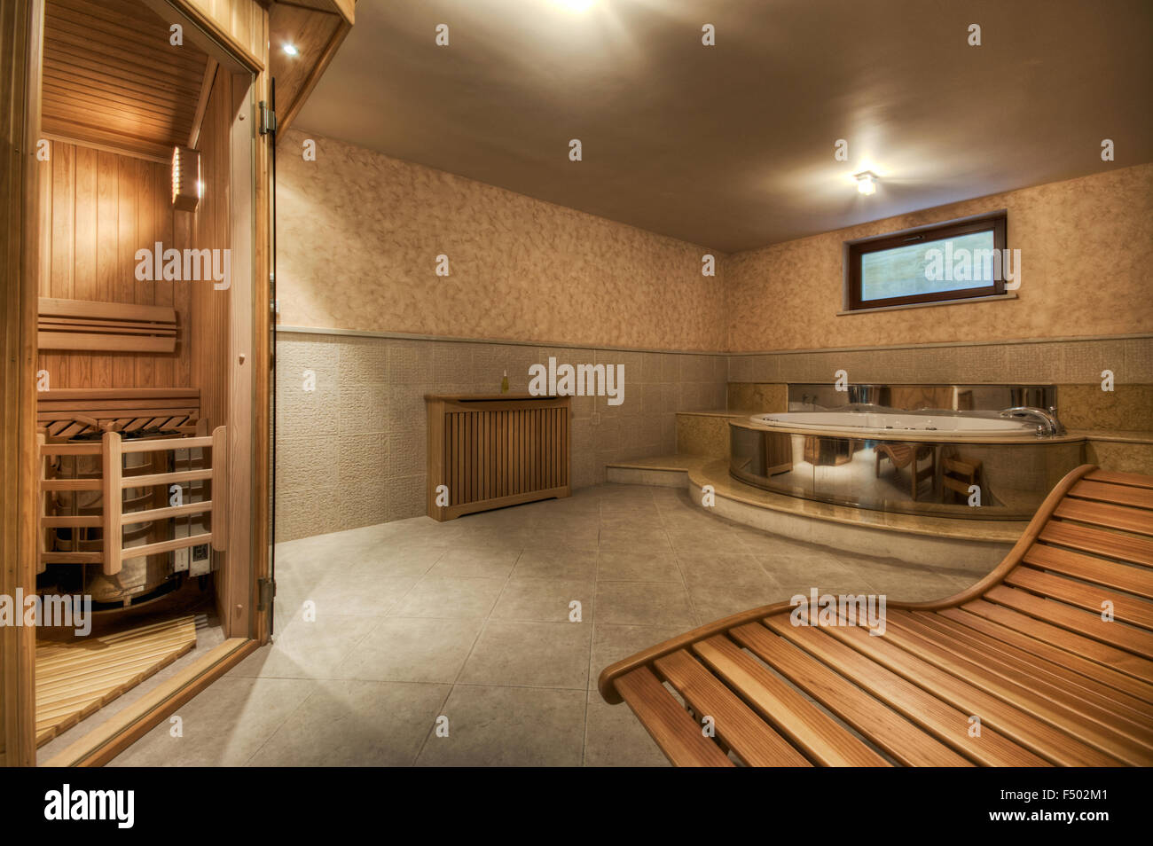 Home Sauna And Jacuzzi Home Spa Stock Photo 89127249 Alamy