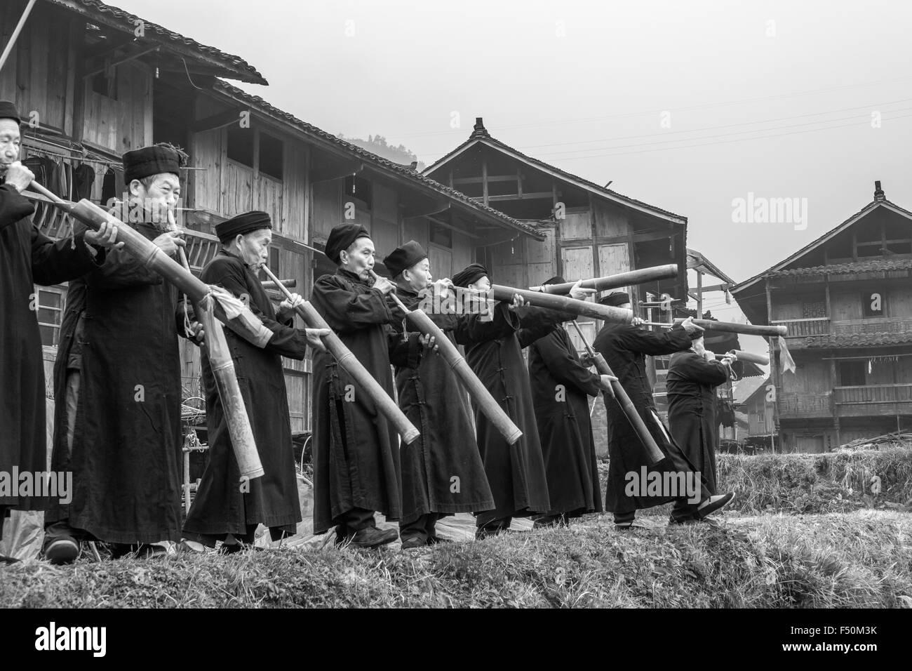 Lusheng ensemble BW, Long Skirt Miao Elders, Langde Shang Miao Village, Guizhou Province, China - Stock Image