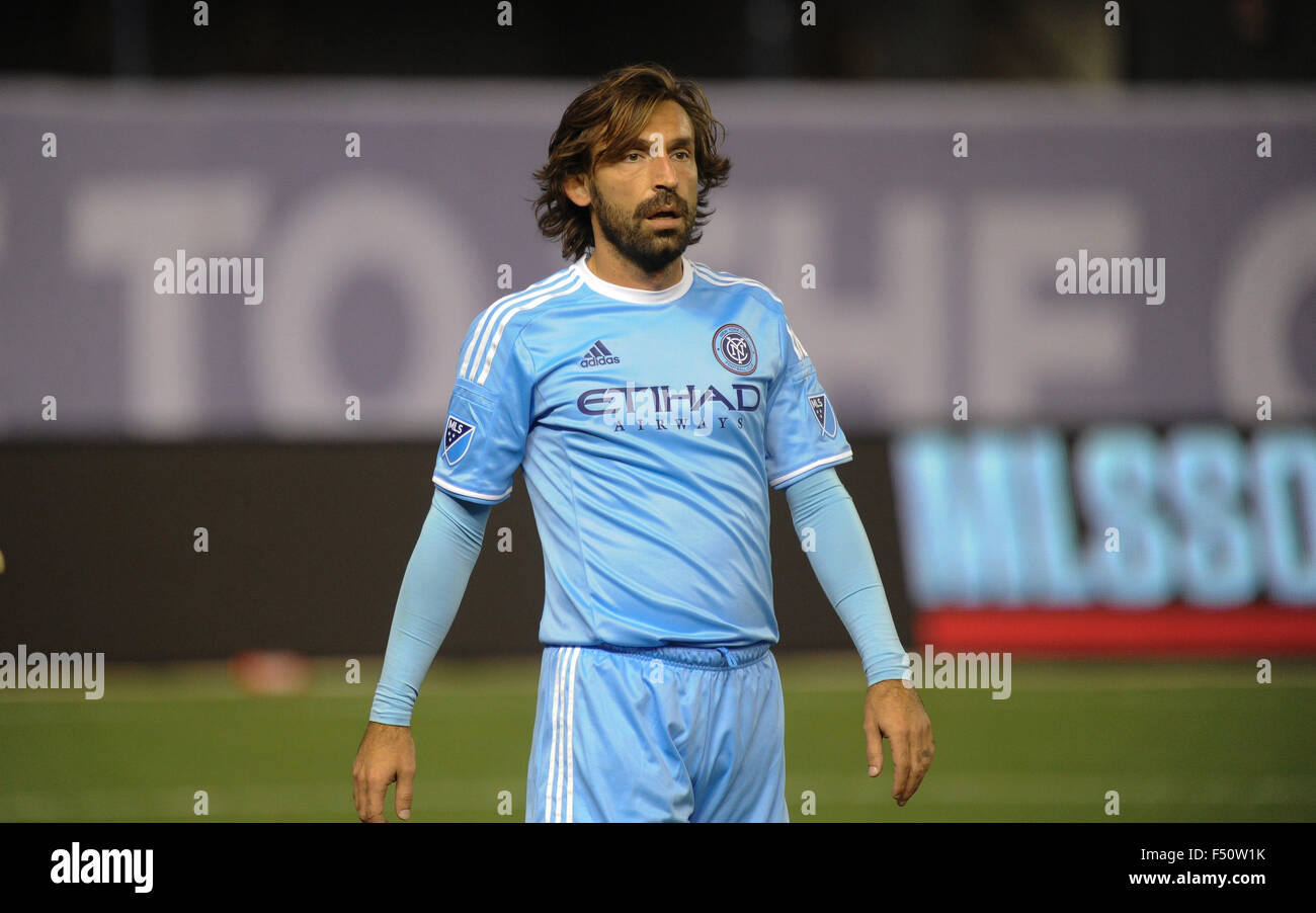 Bronx, New York, USA. 25th Oct, 2015. Andrea Pirlo (21) of NYCFC in action during a match against New England Revolution, - Stock Image