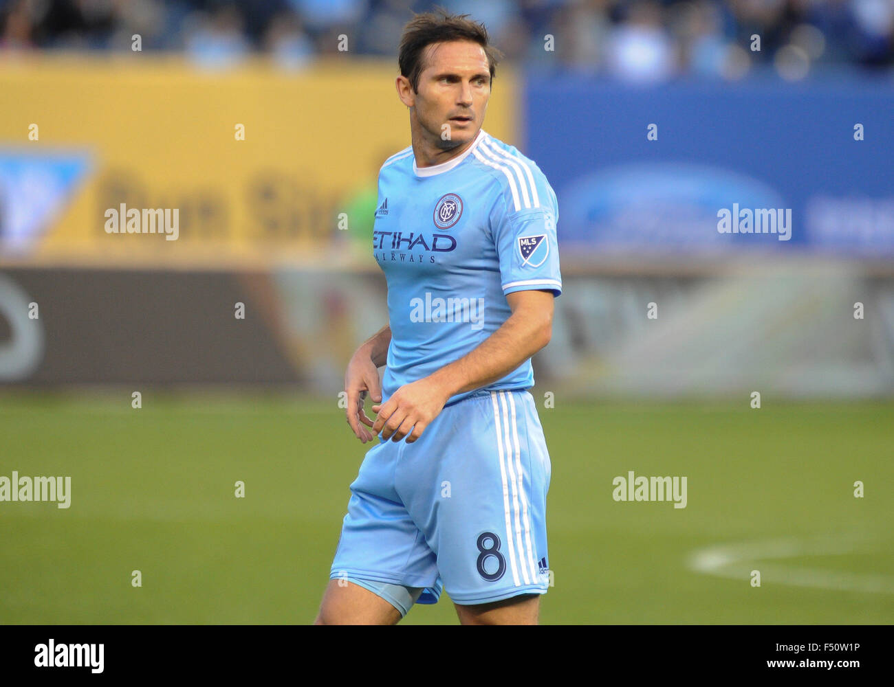 Bronx, New York, USA. 25th Oct, 2015. Frank Lampard (8) of NYCFC in action during a match against New England Revolution - Stock Image