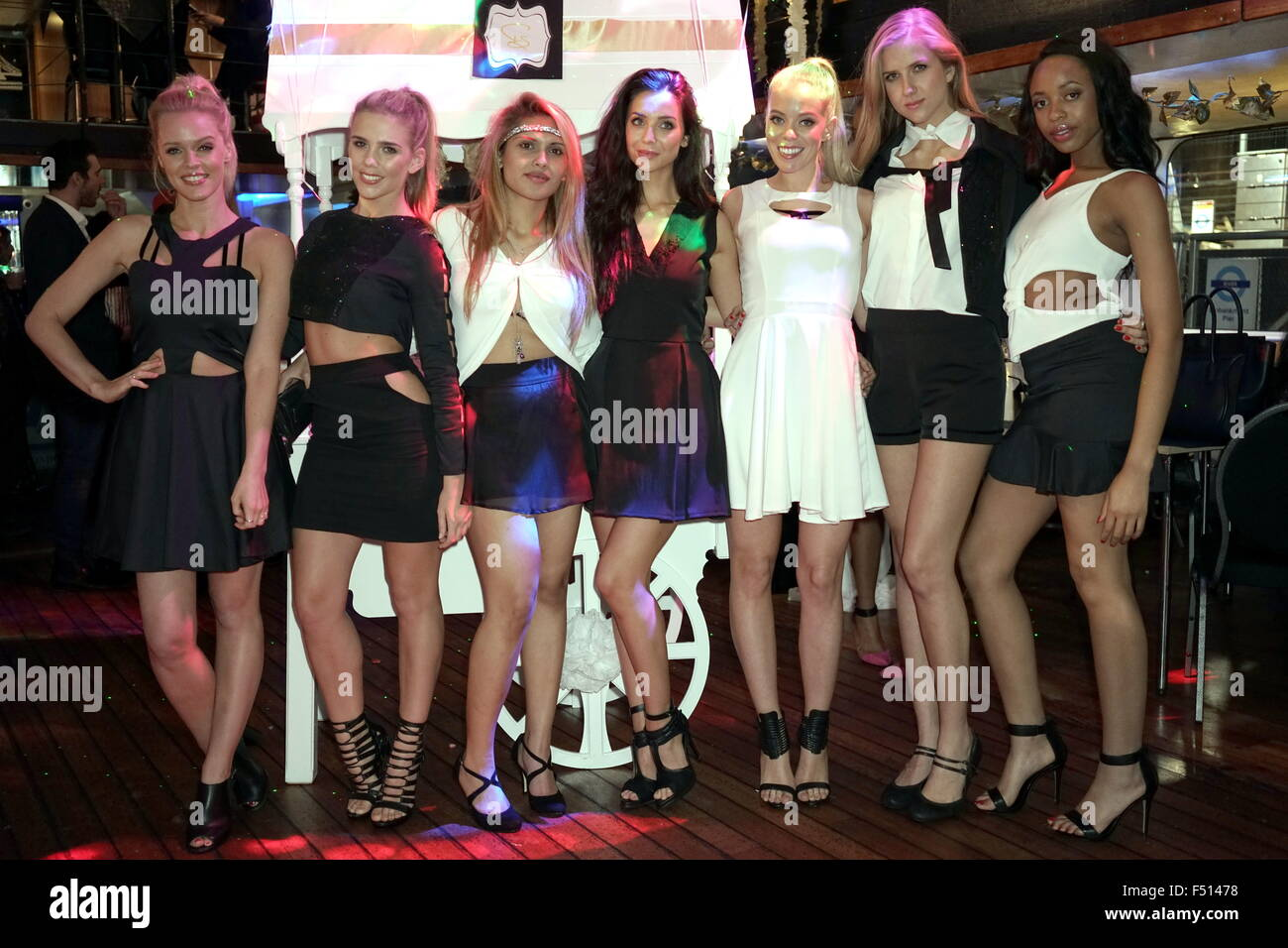 London, England, 25th Oct 2015 : Fay Shafai (L3) and her models with latest London Collection display at the launch - Stock Image