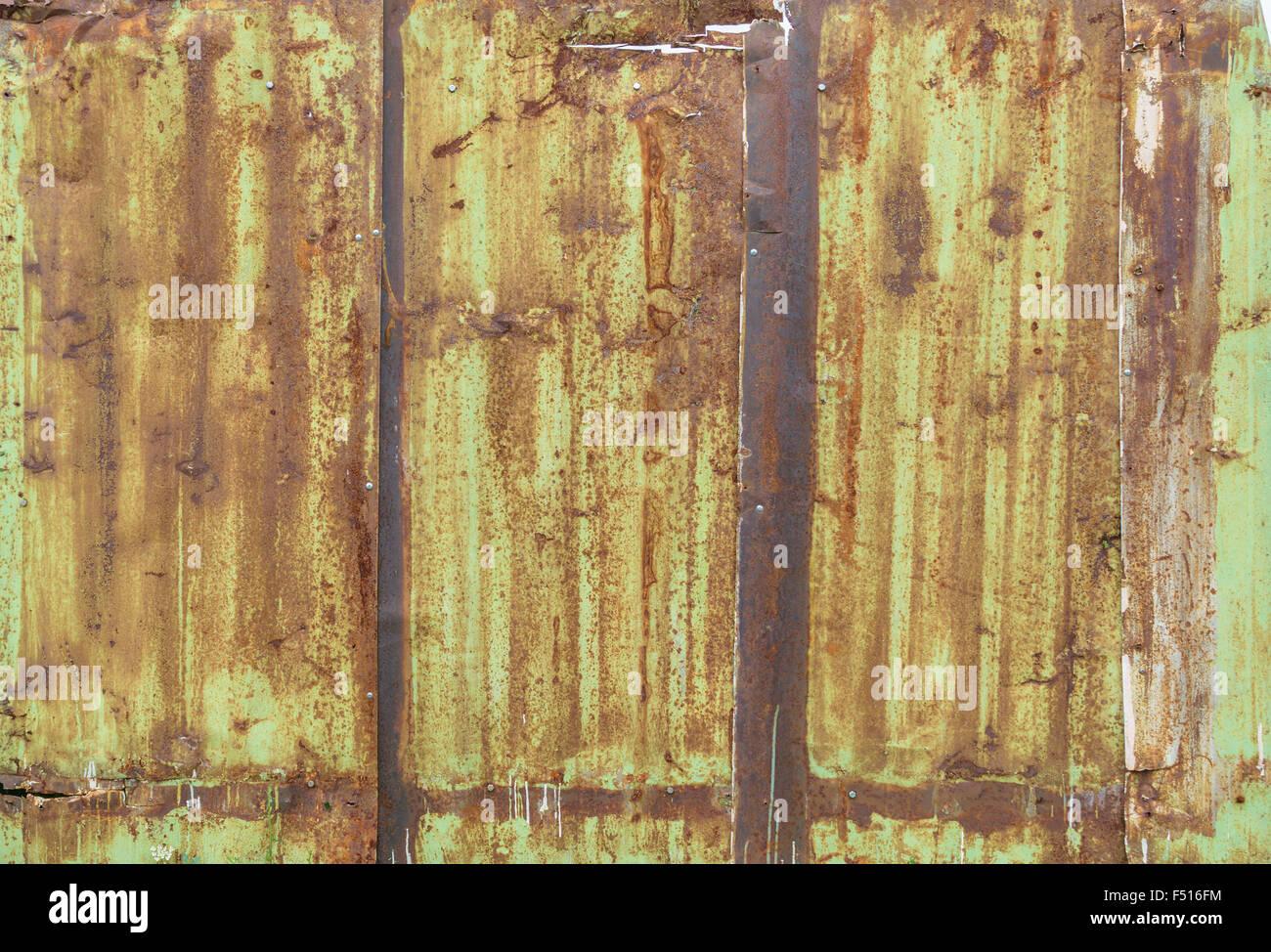Sheet Metal Fence Stock Photos & Sheet Metal Fence Stock Images - Alamy