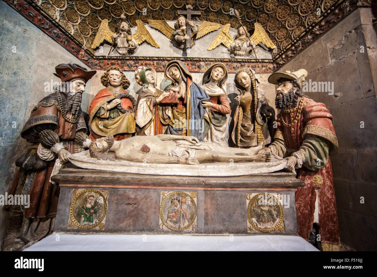 Mise au Tombeau (Entombment of Jesus) 1523 : Chapelle du Saint Sulpice,Rodez Cathedral Stock Photo