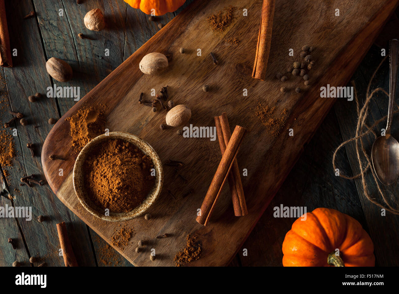 Organic Raw Pumpkin Spice with Cinnamon Allspice Nutmeg and Ginger - Stock Image