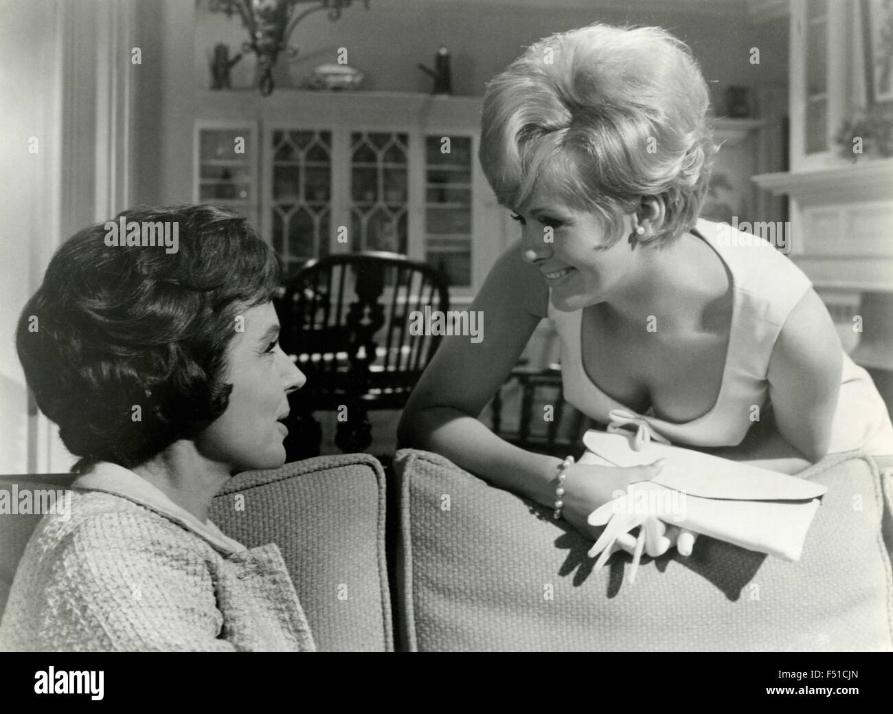 The actress Connie Stevens and Maureen O'Sullivan in a scene from the film 'Never too late', USA - Stock Image