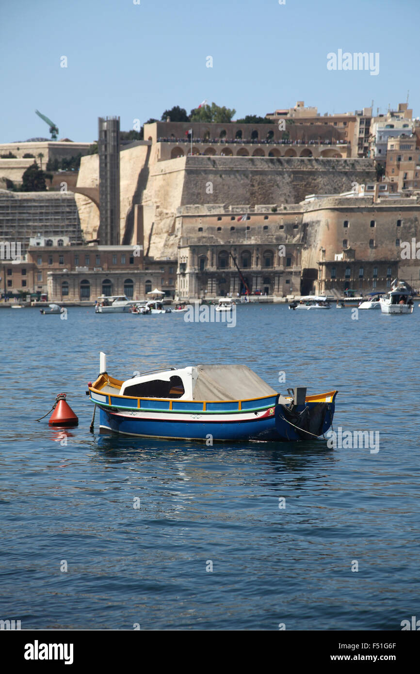 The new Barakka lift has been a controversial addition to the Maltese skyline. - Stock Image