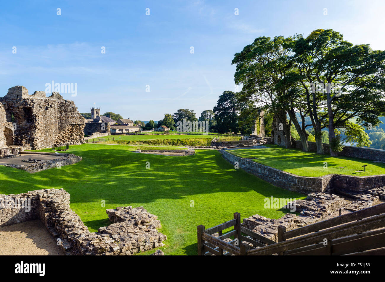 The Inner Ward of the castle in the town of Barnard Castle, County Durham, England, UK - Stock Image