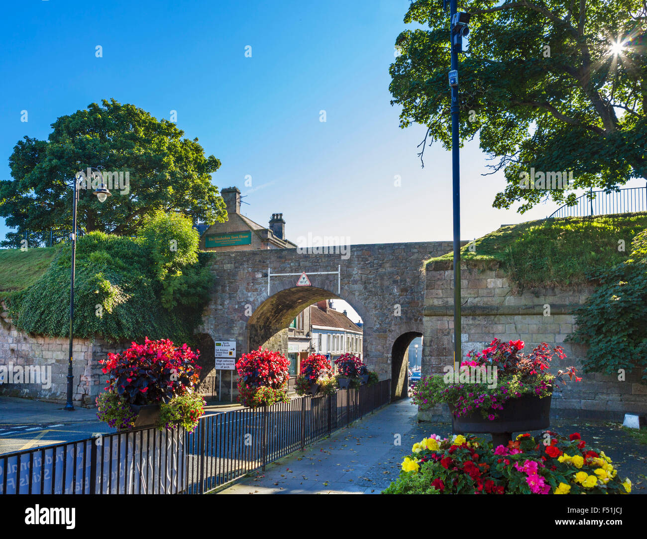 Scots Gate in the old town walls, Berwick-upon-Tweed, Northumberland, England, UK - Stock Image