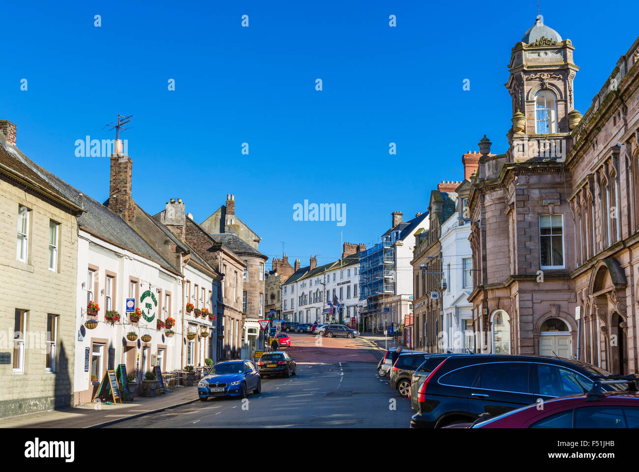 View up Sandgate in the town centre, Berwick-upon-Tweed, Northumberland, England, UK - Stock Image