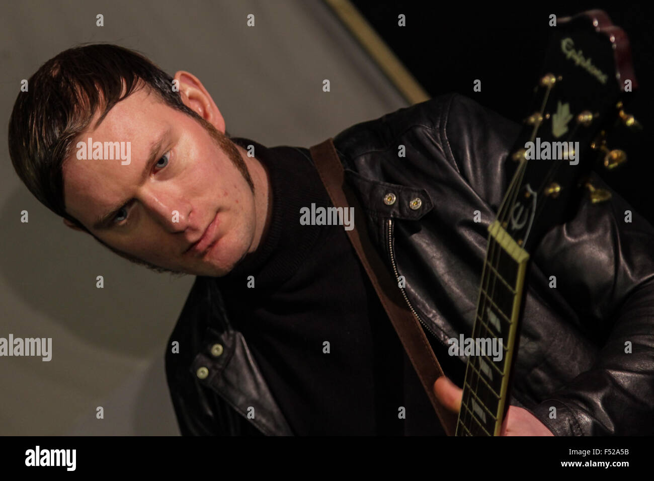 Kascarade Luke Milnes indie band member in the studio - Stock Image