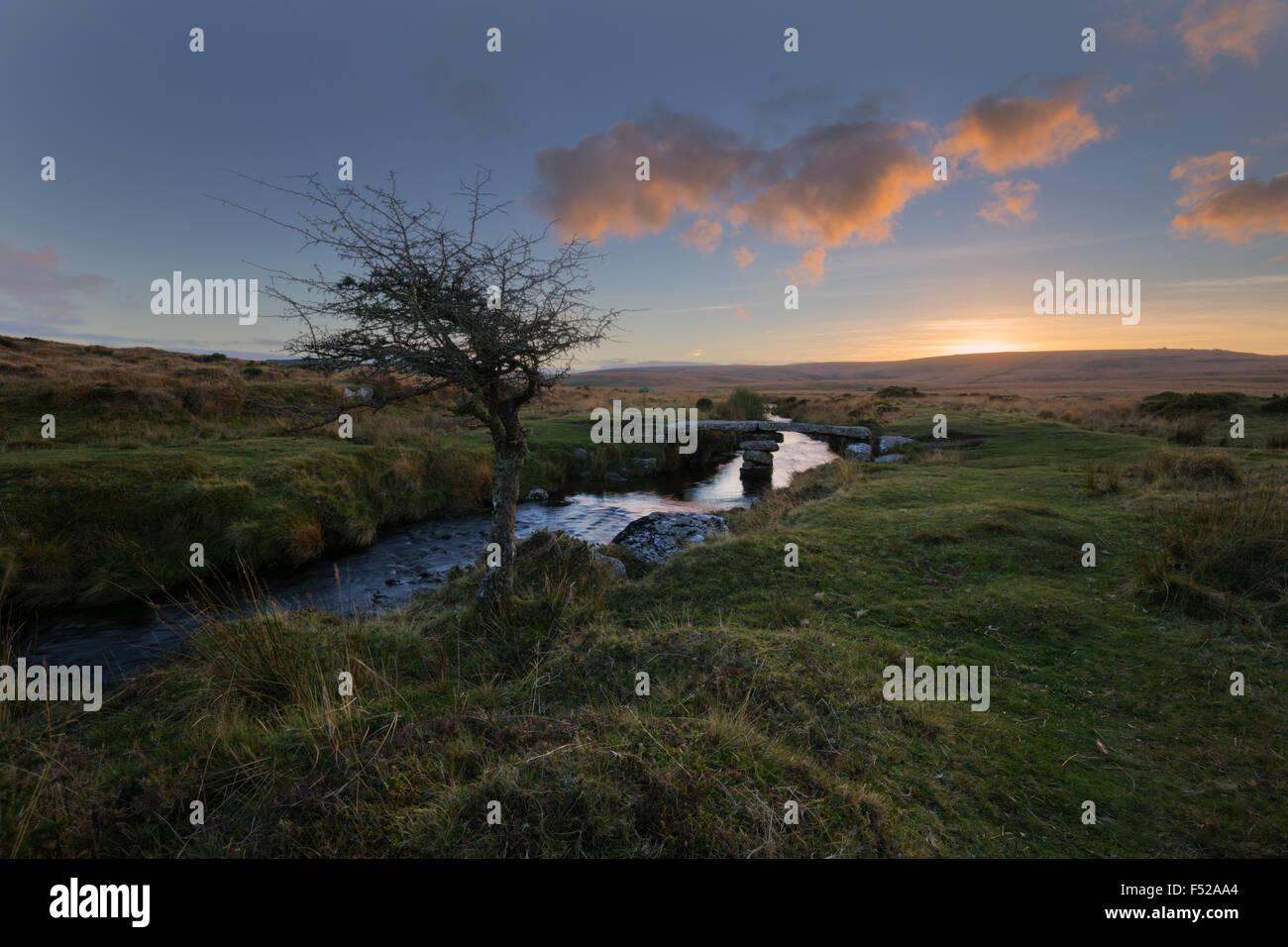 Sun setting over Scorhill on Dartmoor in West Devon - Stock Image
