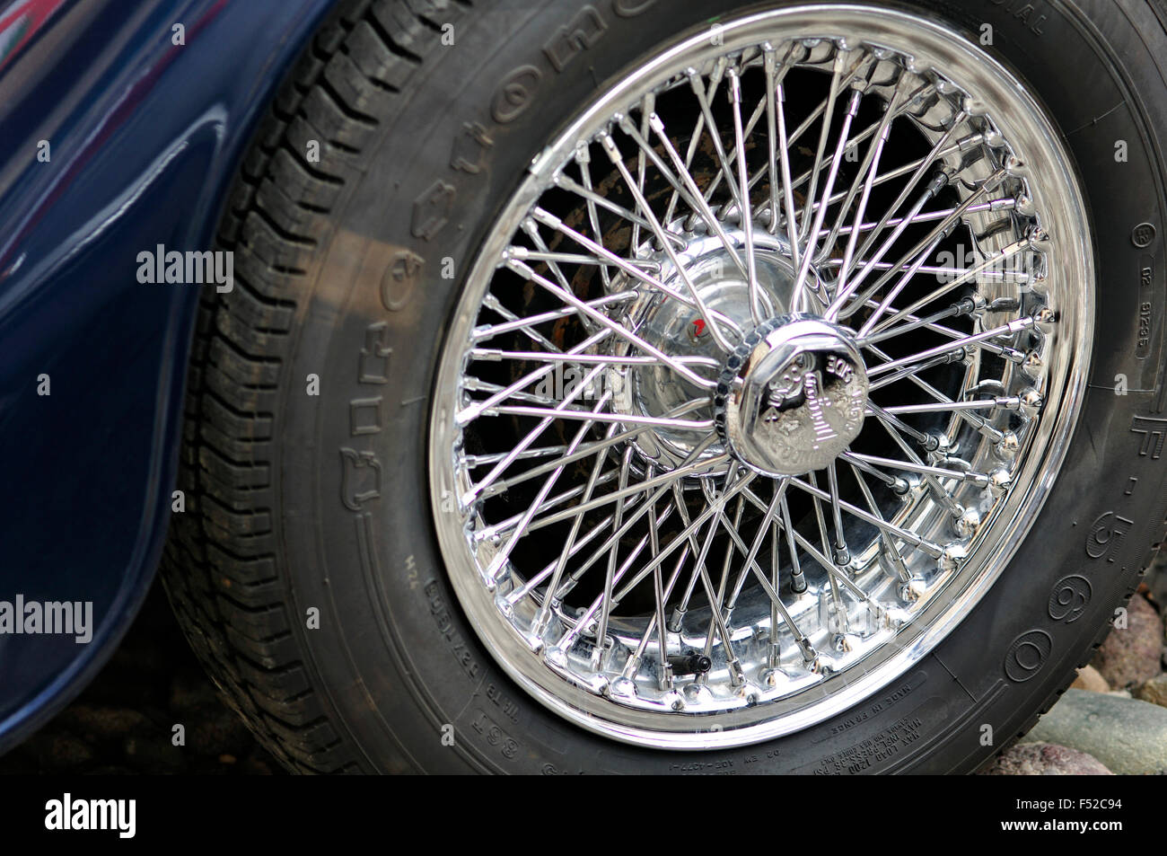 Vintage Car Wheel Stock Photos & Vintage Car Wheel Stock Images - Alamy