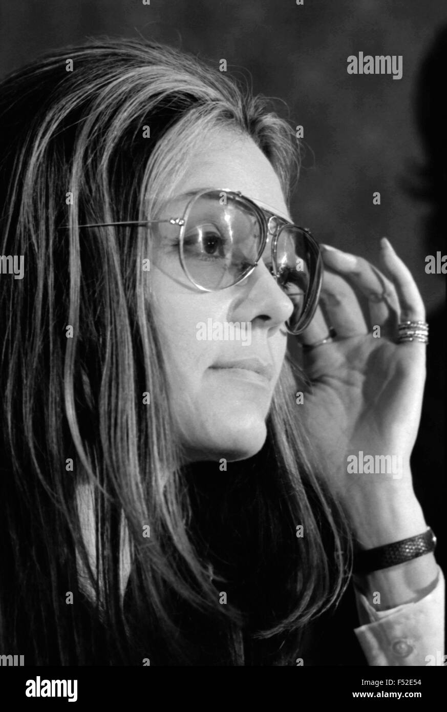 Author and women's rights leader Gloria Steinem at news conference for the Women's Action Alliance January - Stock Image
