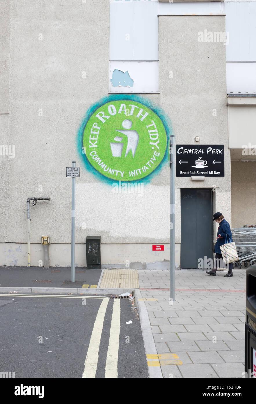 Keep Roath Tidy Community Initiative Mural off Albany Road Cardiff - Stock Image