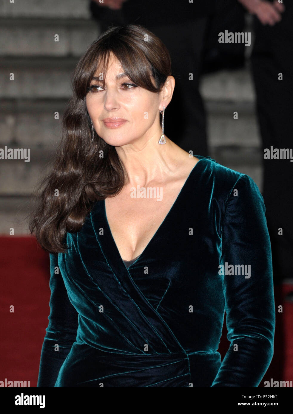 London, UK. 26th October, 2015.  Monica Bellucci attending the Royal Film Performance at the World Premiere of SPECTRE - Stock Image