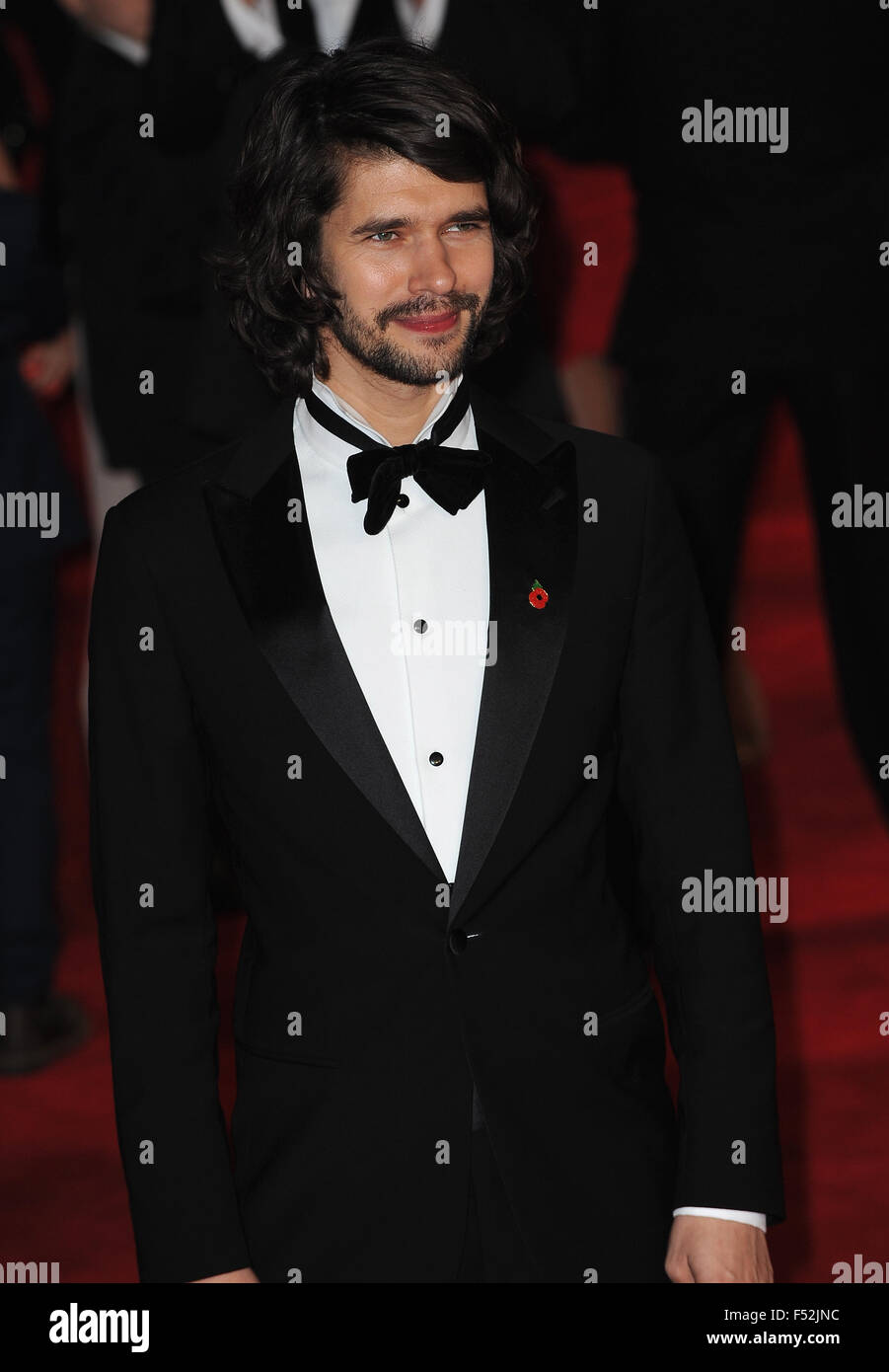 London, Uk. 26th Oct, 2015. Ben Whishaw attends the Royal World Premiere of 'Spectre' at Royal Albert Hall. - Stock Image