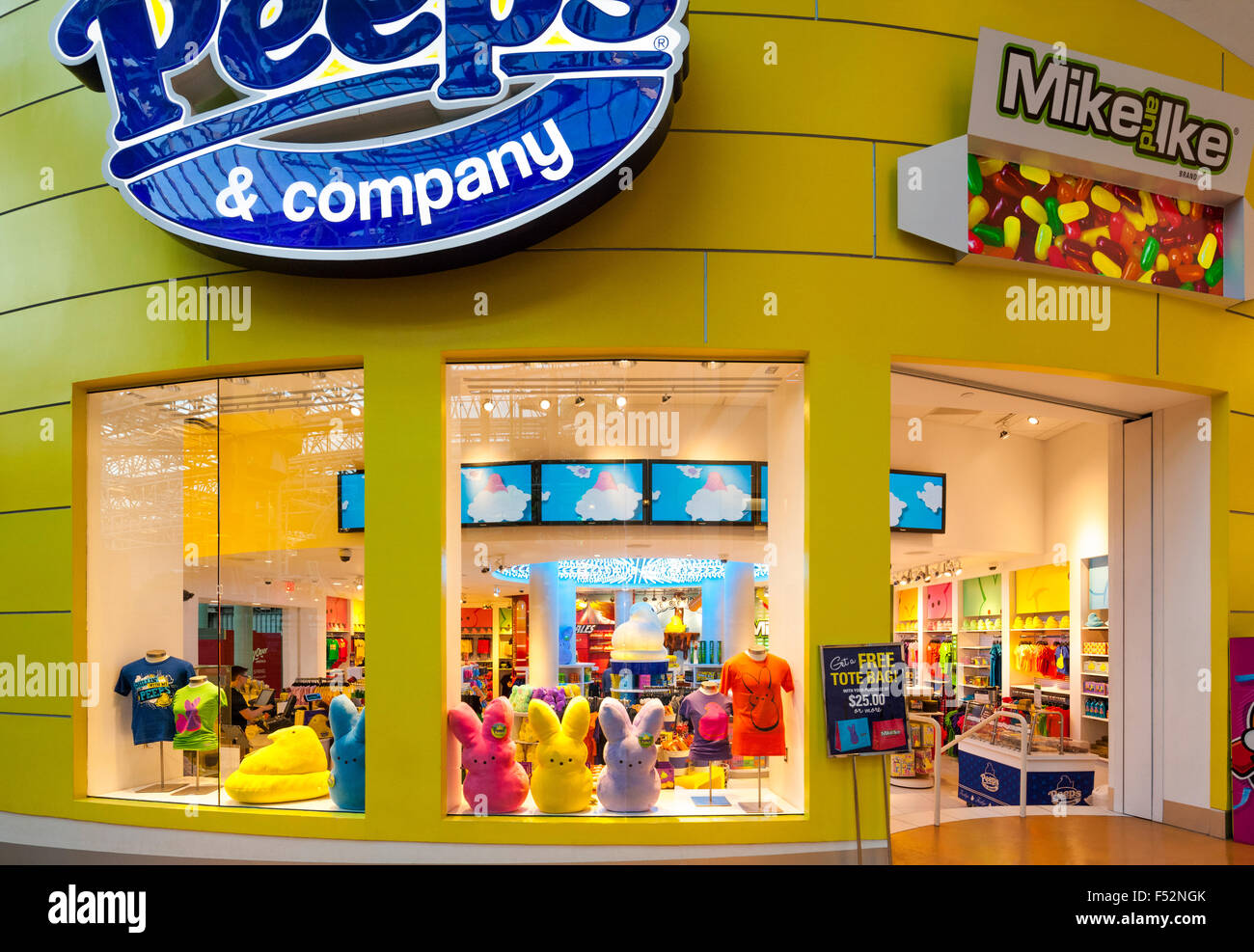 Peeps Candy Store inside the Mall of America Minneapolis. Peeps & Company shop selling merchandise and sweets. - Stock Image