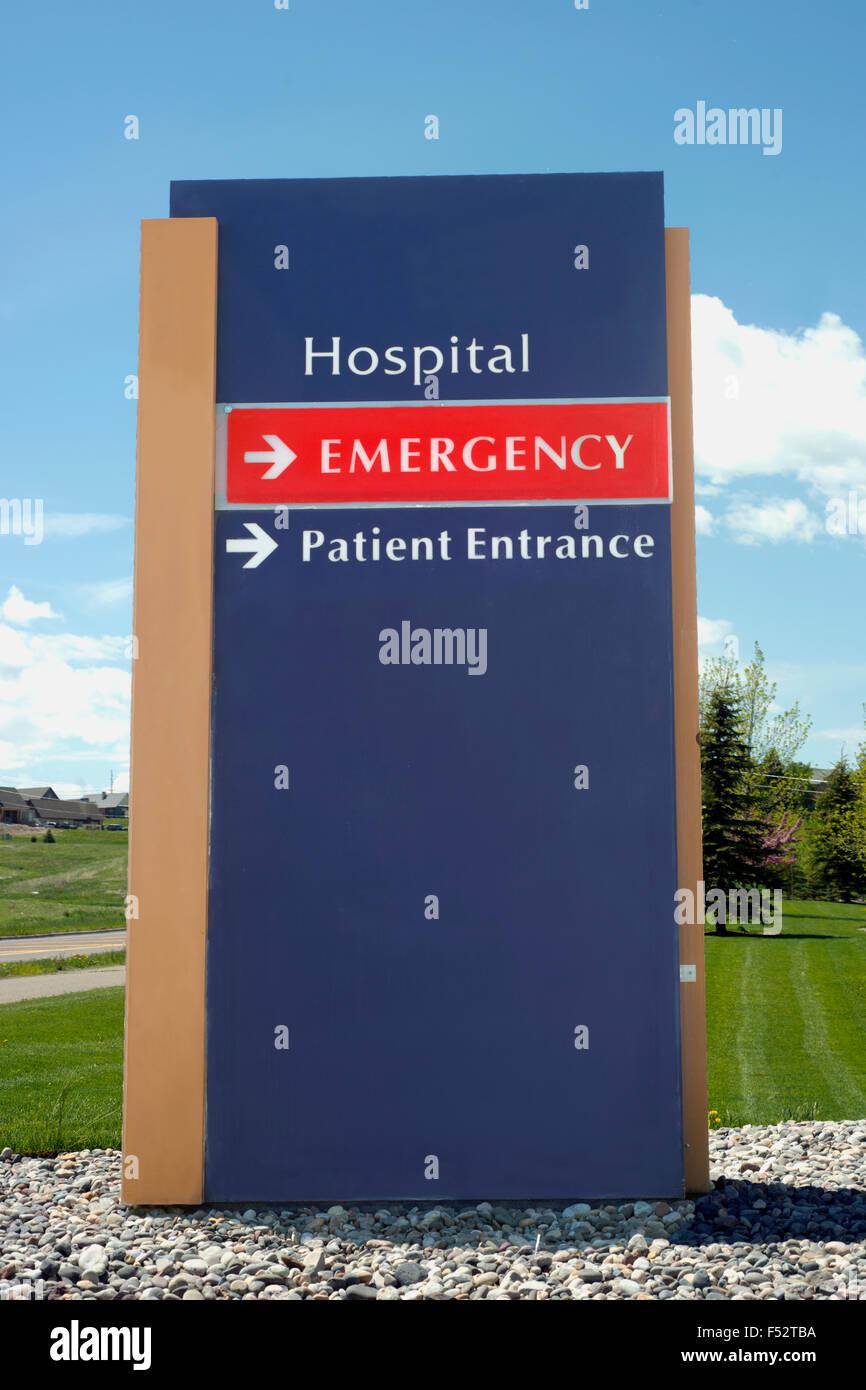 Hospital emergency entrance sign. - Stock Image