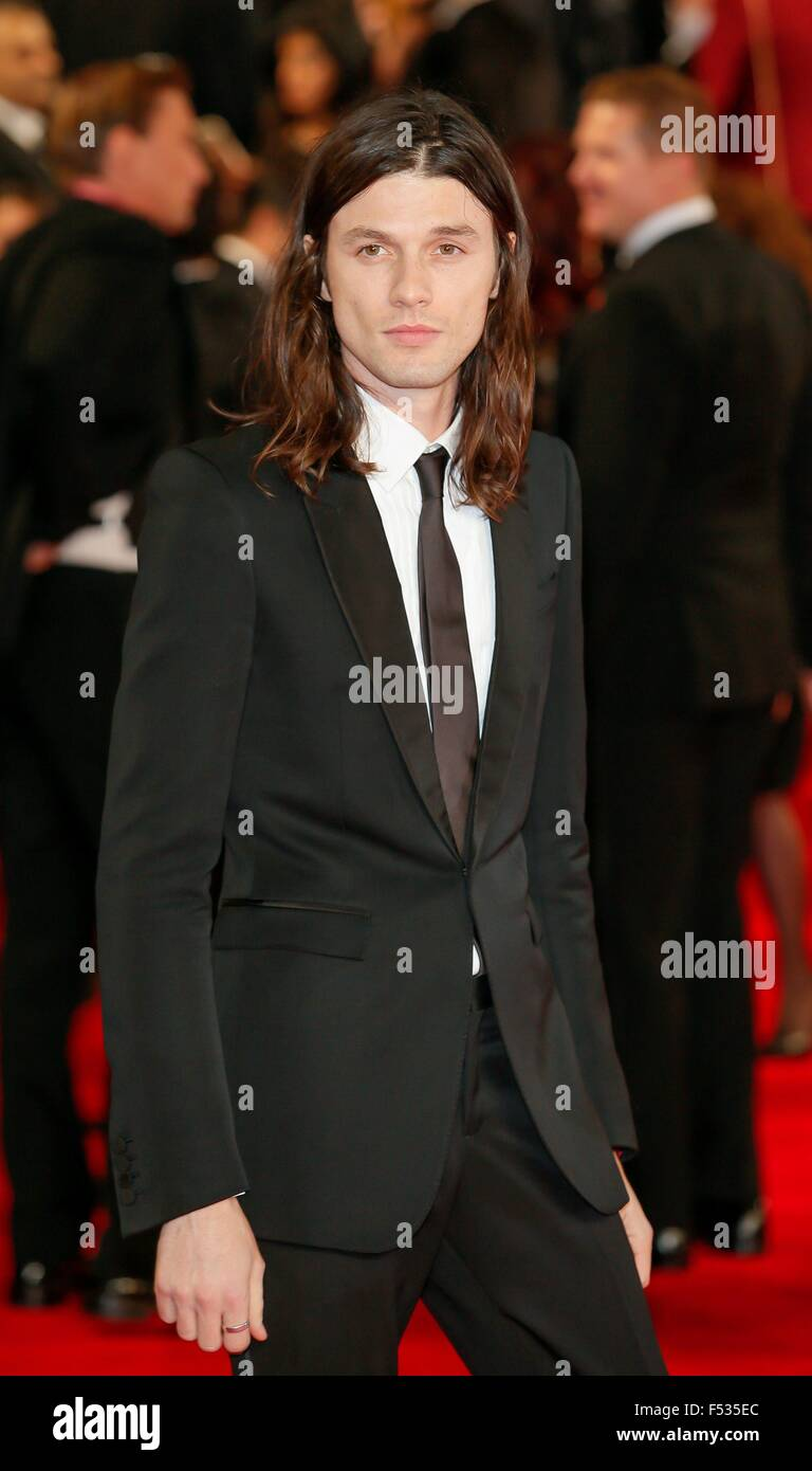 London, Britain. 26th Oct, 2015. British musician James Bay attends the world premiere of the new James Bond film - Stock Image