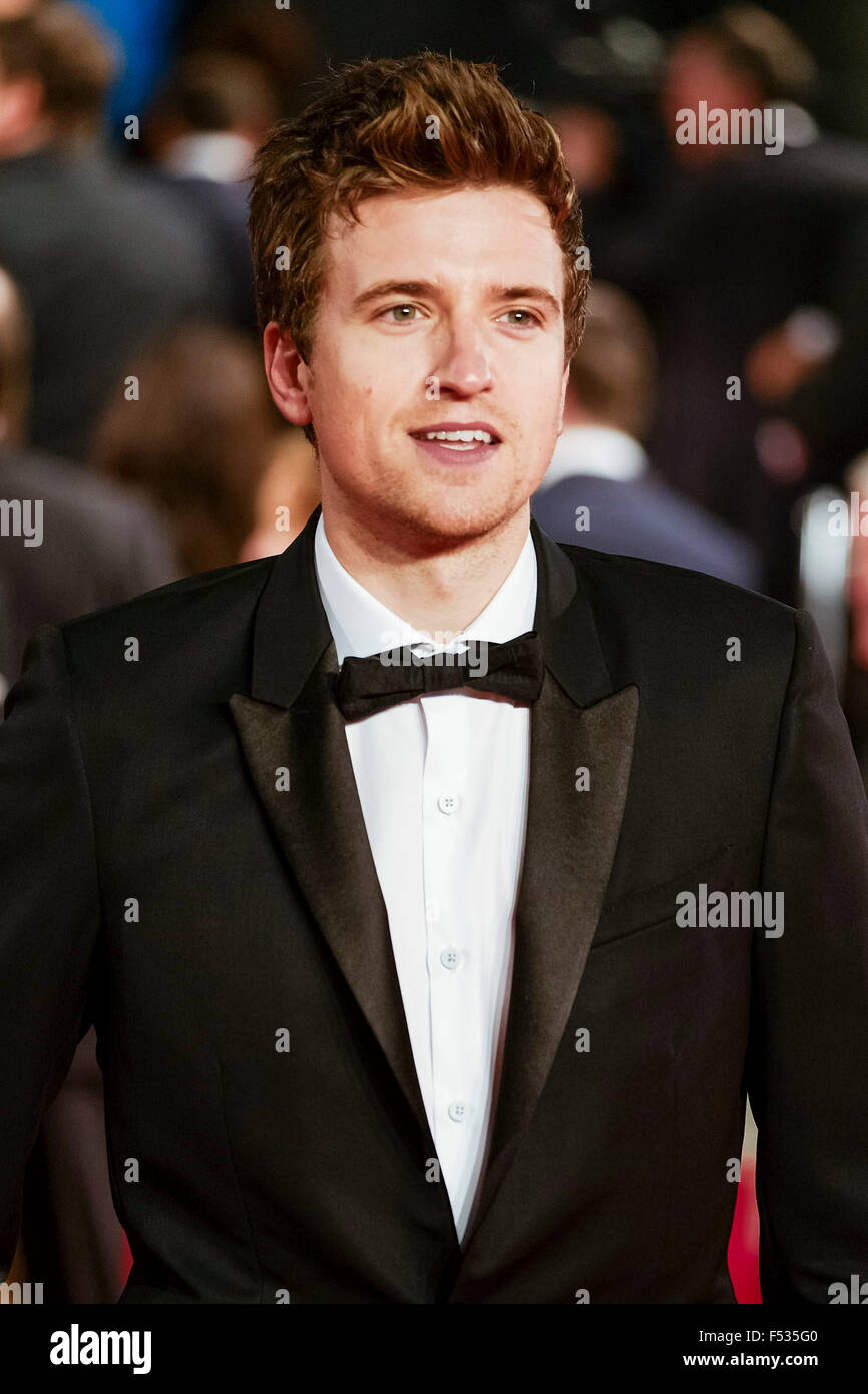 London, UK. 26th Oct, 2015. Greg James on the red carpet for the The CBTF Royal Film Performance 2015: The World - Stock Image