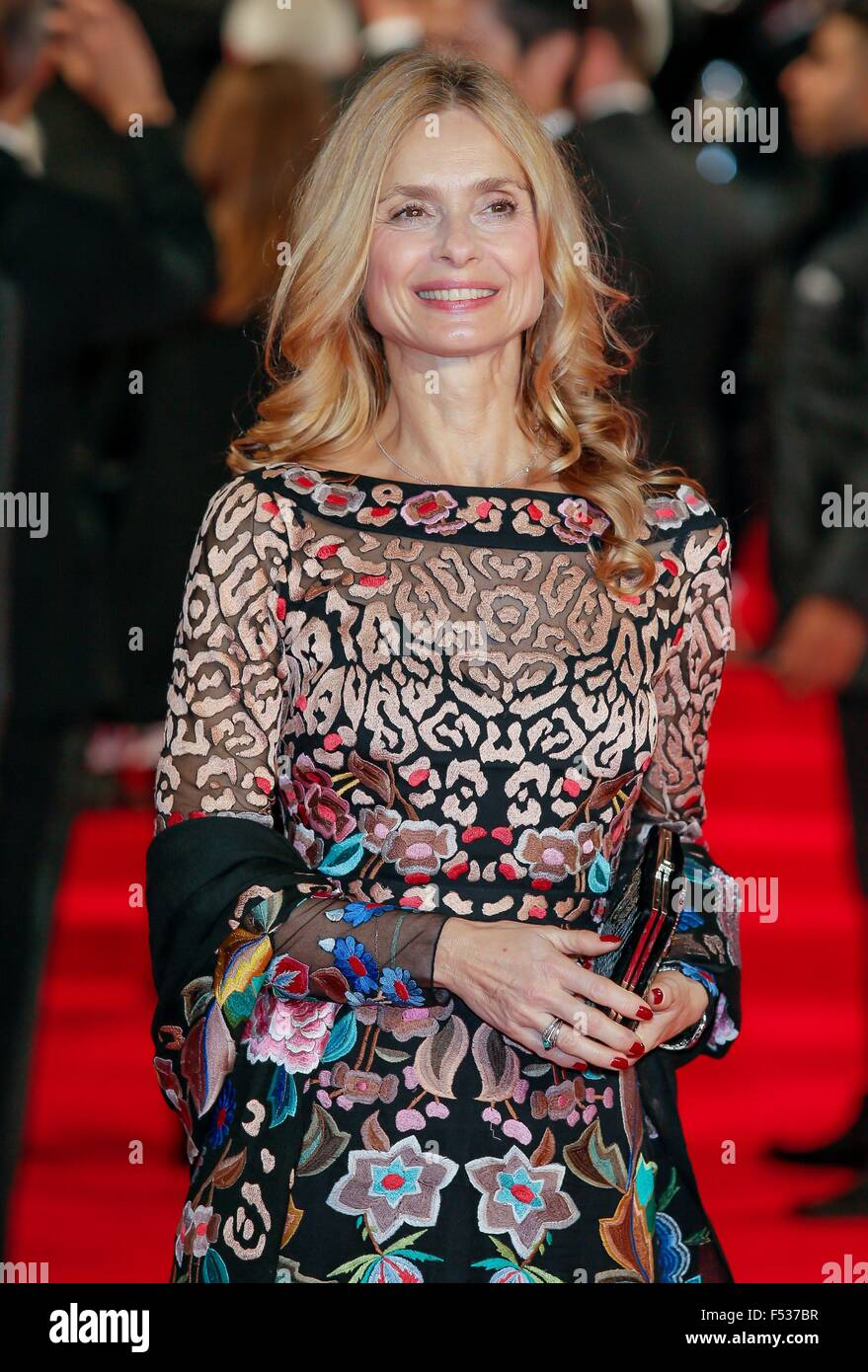 London, Britain. 26th Oct, 2015. British actress Maryam d?Abo attends the world premiere of the new James Bond film - Stock Image
