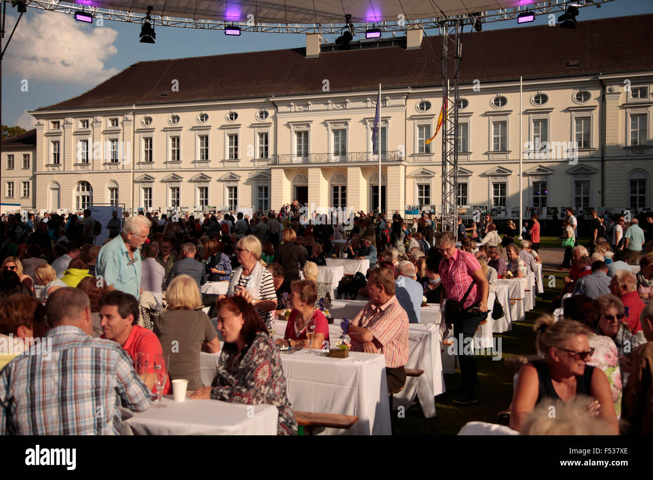 annual Citizens' Fest at Bellevue Palace, Berlin, Germany - Stock Image