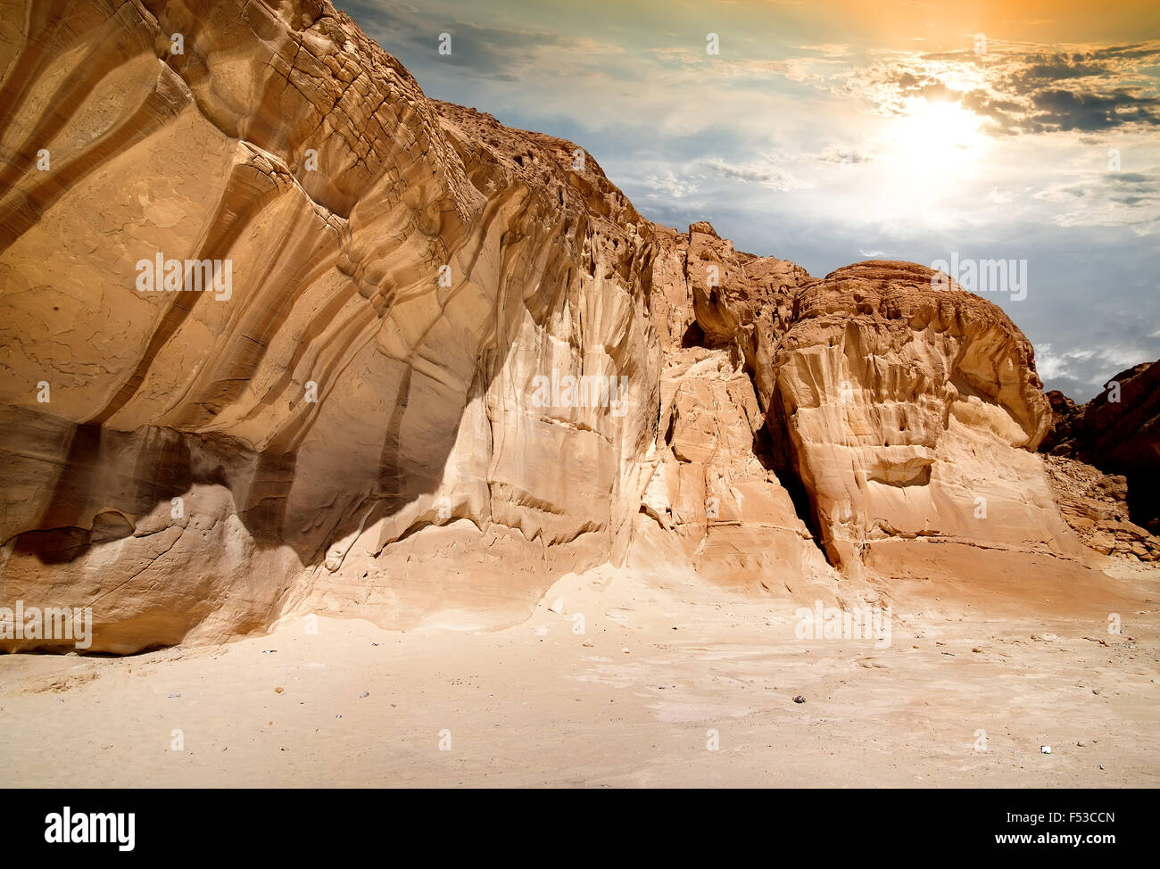 Mountains of canyon in Sinai at sunrise - Stock Image