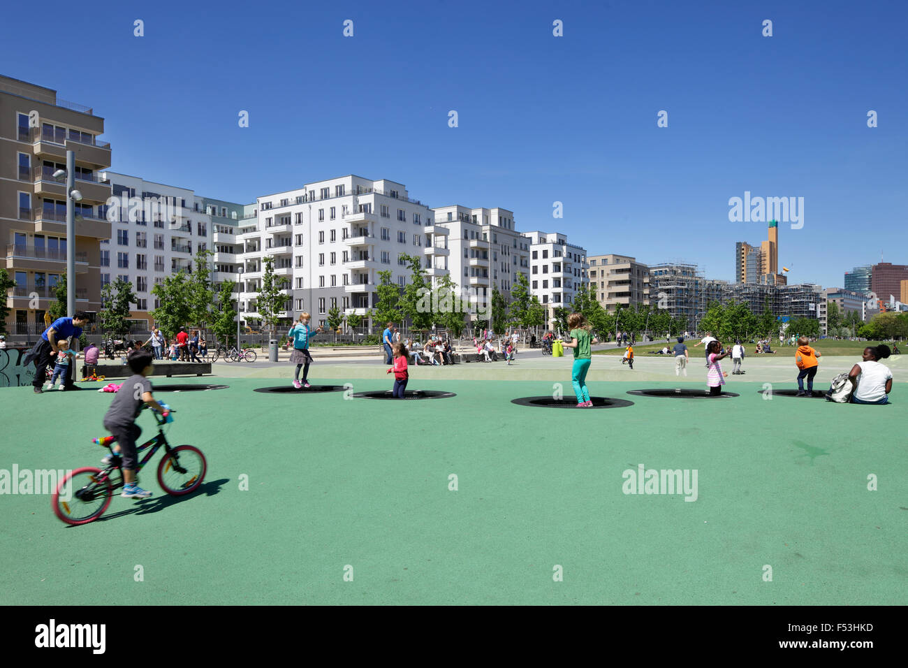 24.05.2015, Berlin, Berlin, Germany - Children playing and housing starts at the park at Gleisdreieck in Berlin Stock Photo