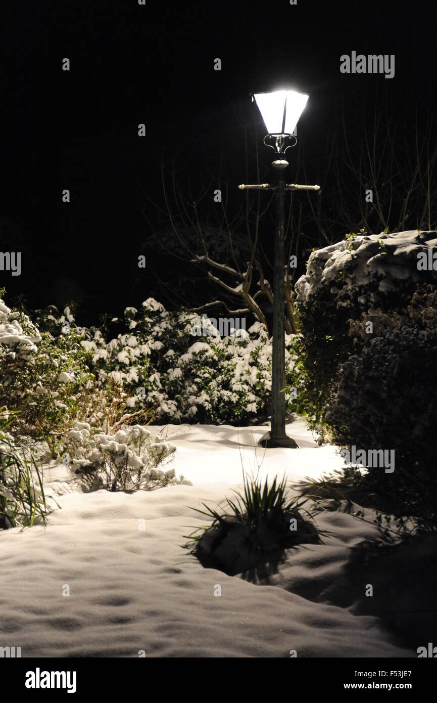 Lamp post in the snow at night Stock Photo: 89205487 - Alamy for Lamp Post At Night Snow  lp4eri