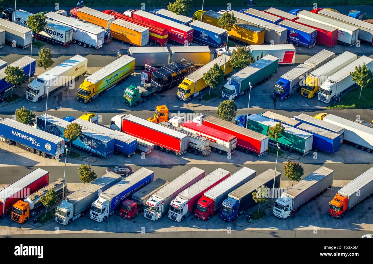 Rest area with parked lorries, Rasthof Rhynern-Sued, Hamm, Ruhr district, North Rhine-Westphalia, Germany - Stock Image