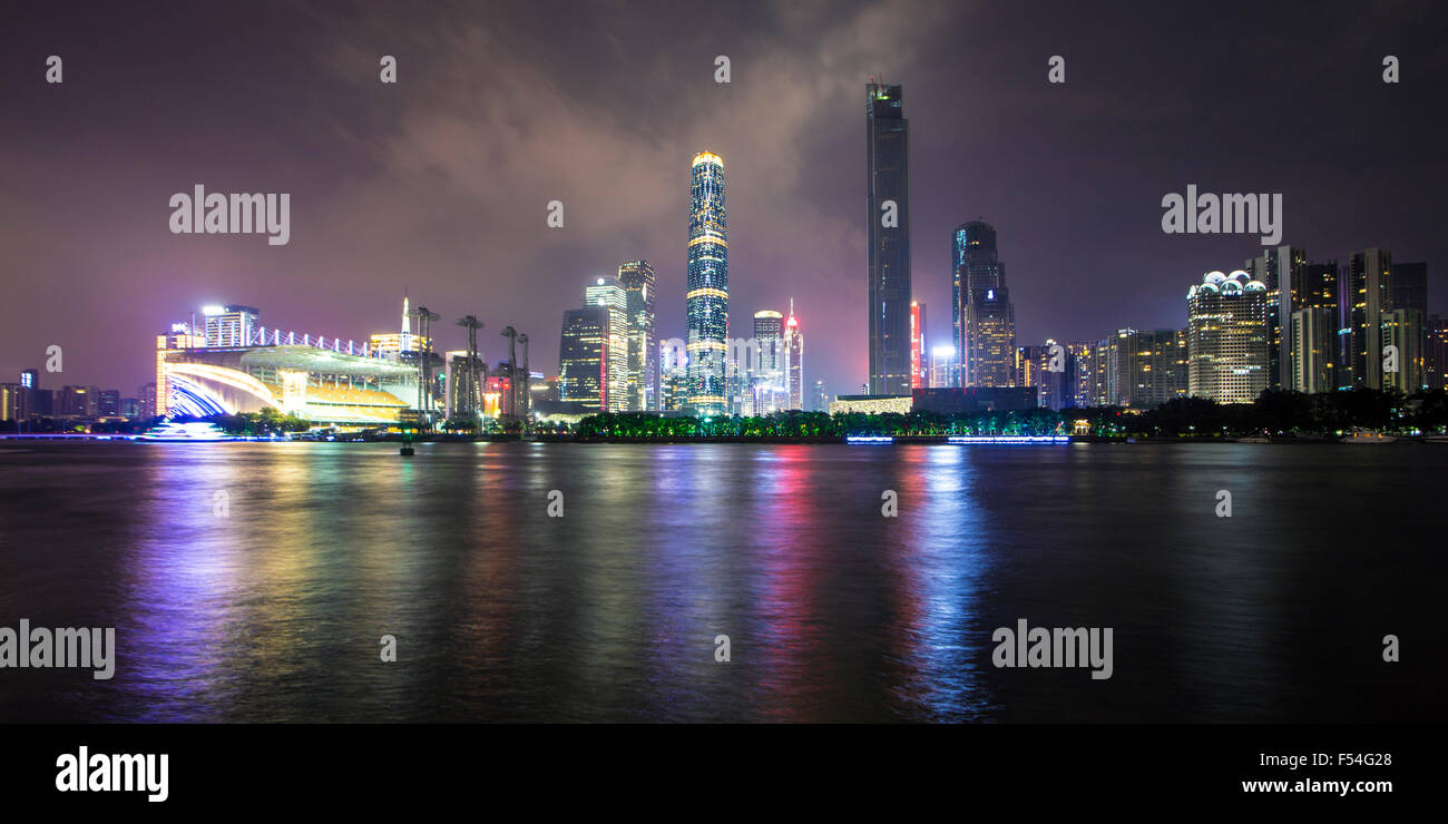 Panorama of Pearl River and downtown Guangzhou at night in China - Stock Image