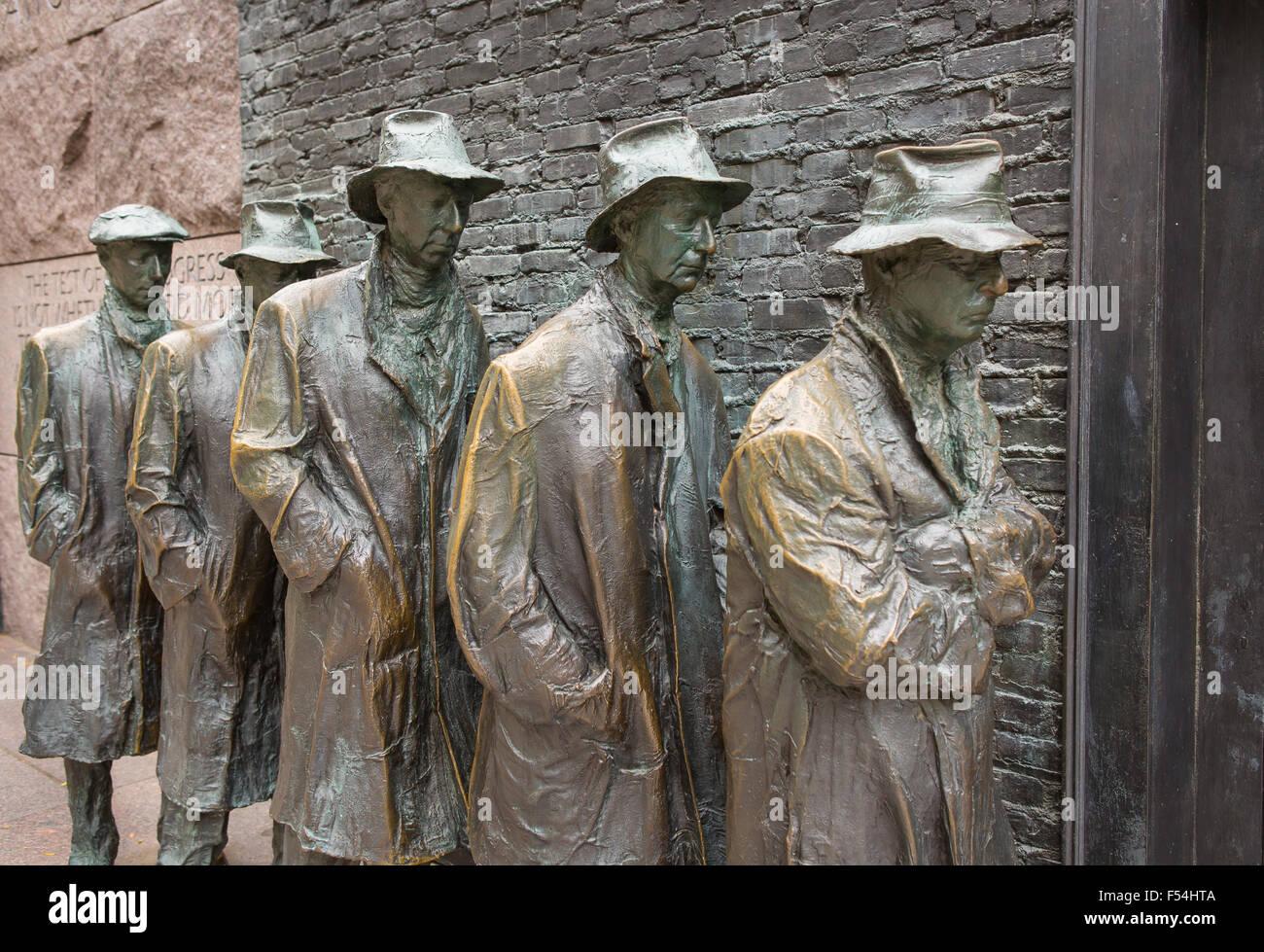 WASHINGTON, DC, USA - Franklin Roosevelt Memorial. Bronze sculpture of depression bread line. - Stock Image
