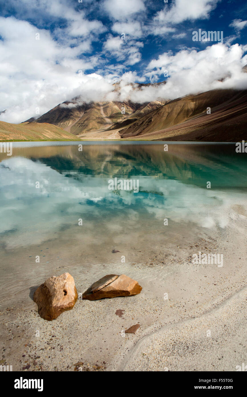India, Himachal Pradesh, Spiti, Chandra Taal, Full Moon Lake, early morning, sandy lake shore Stock Photo