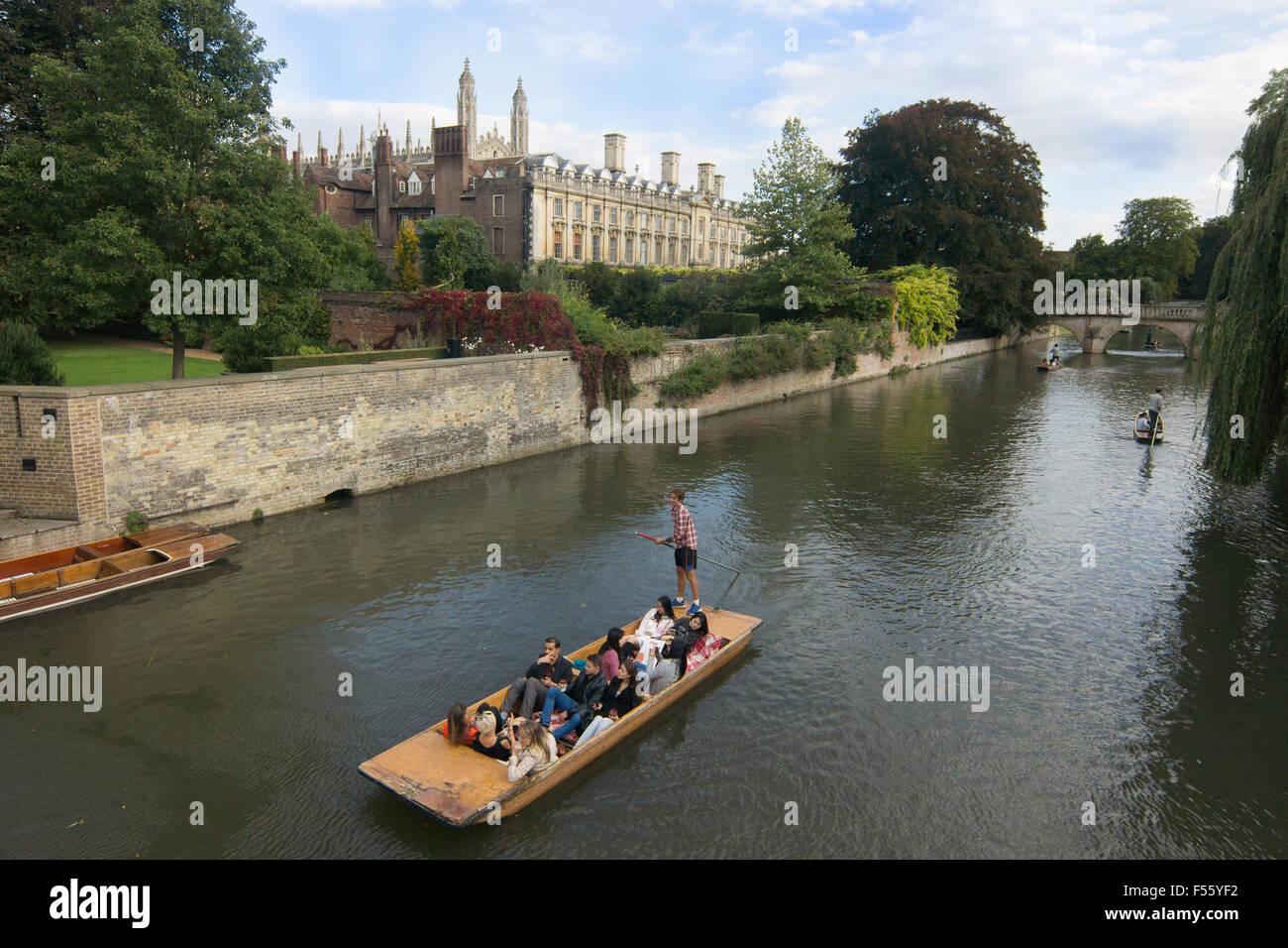 punting in Cambridge  Cambridge punts - Stock Image