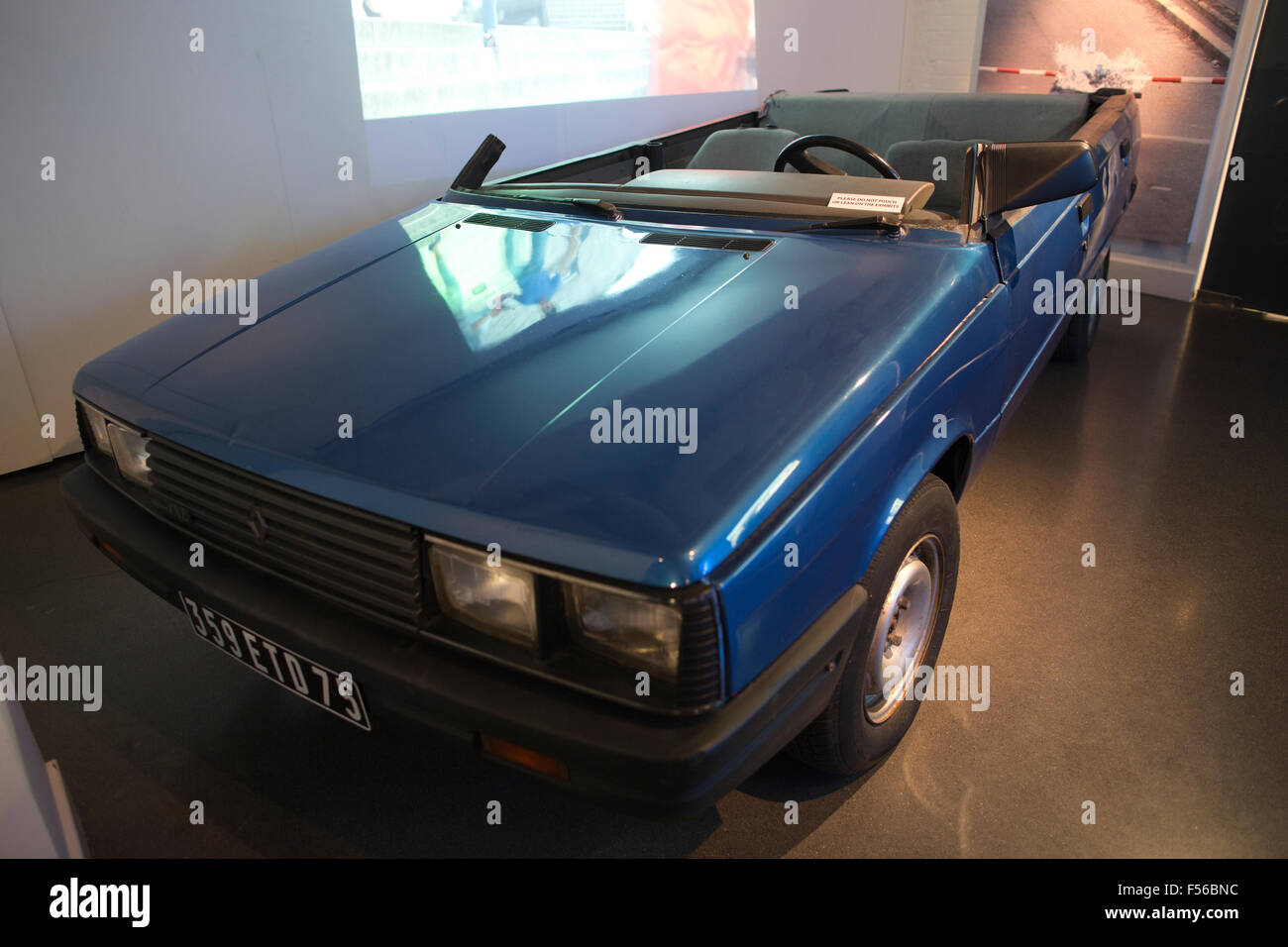 renault 11 txe car used in james bond 39 view to a kill 39 1985 film stock photo 89266056 alamy. Black Bedroom Furniture Sets. Home Design Ideas