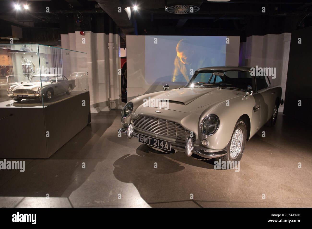 Aston Martin Db5 Used In The James Bond 2006 Casino Royale Film Stock Photo Alamy