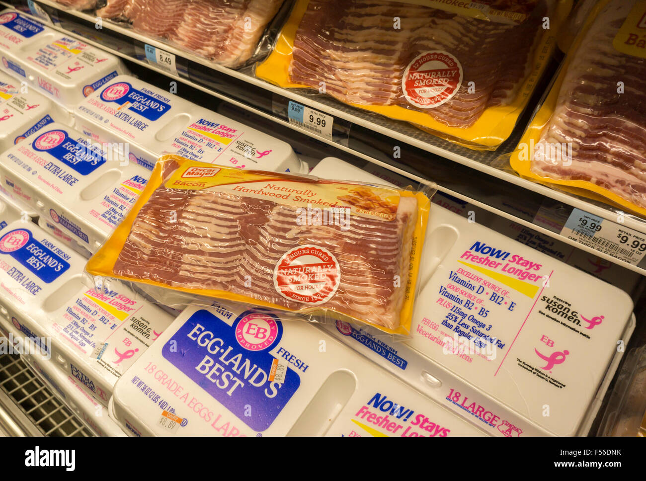A package of bacon in a supermarket in New York on Monday, October 26, 2015.  The World Health Organization has - Stock Image
