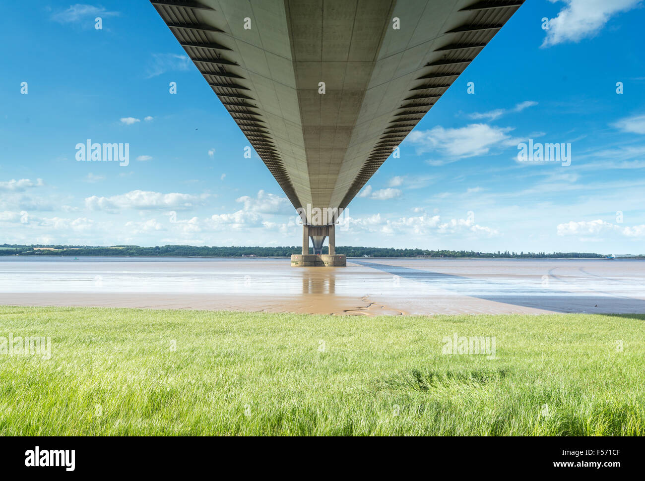 The Humber Suspension Bridge, Hull, United Kingdom. - Stock Image