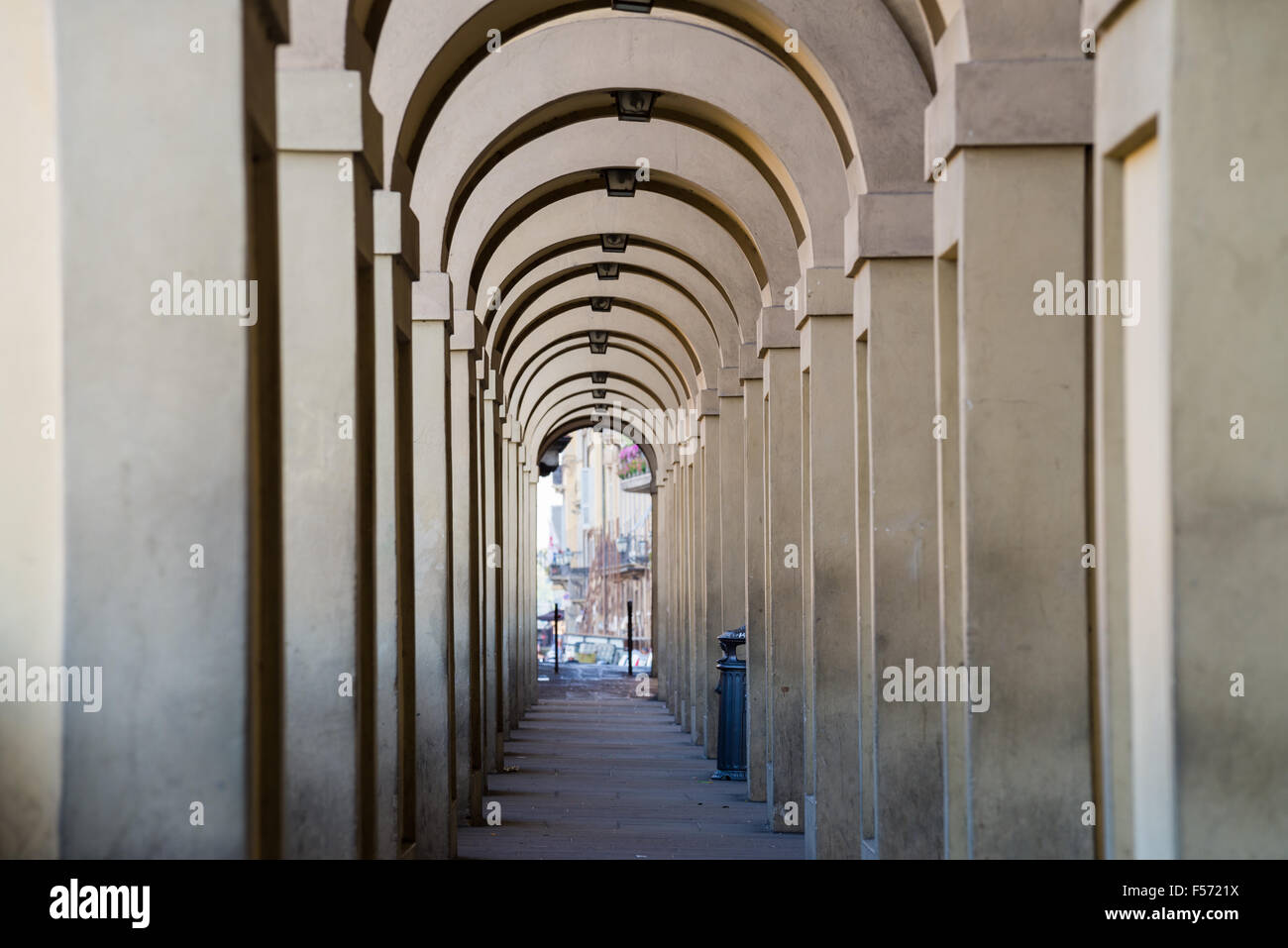 Arches of the Vassari Corridor connecting the Uffizi with the Pitti Palace in Florence, Tuscany, Italy - Stock Image