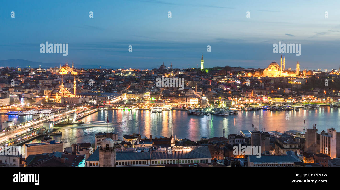 Cityscape at dusk, Galata Bridge at night Golden Horn, Bosphorus, Faith, Istanbul, European side, Turkey - Stock Image