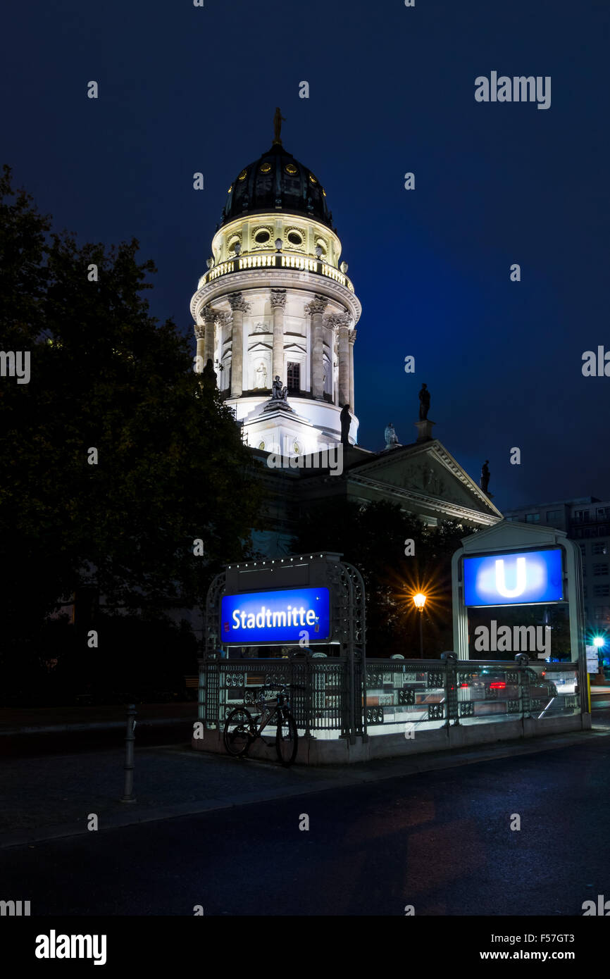 Berlin. German Cathedral on Gendarmenmarkt and the entrance to the underground station Stadtmitte - Stock Image