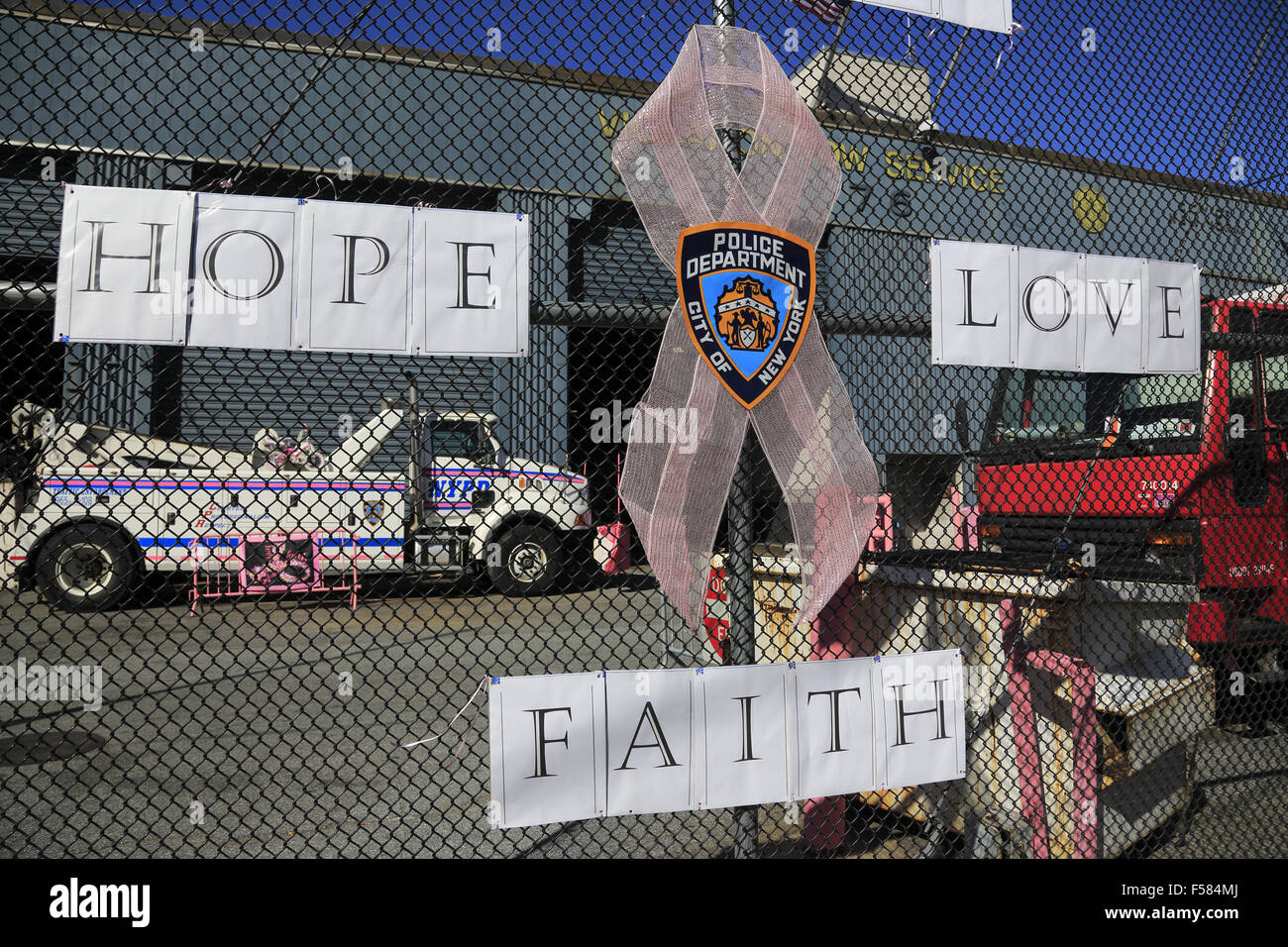 New York Police Department NYPD Violation Tow Service at Pier 76, west side Manhattan, New York City, USA - Stock Image