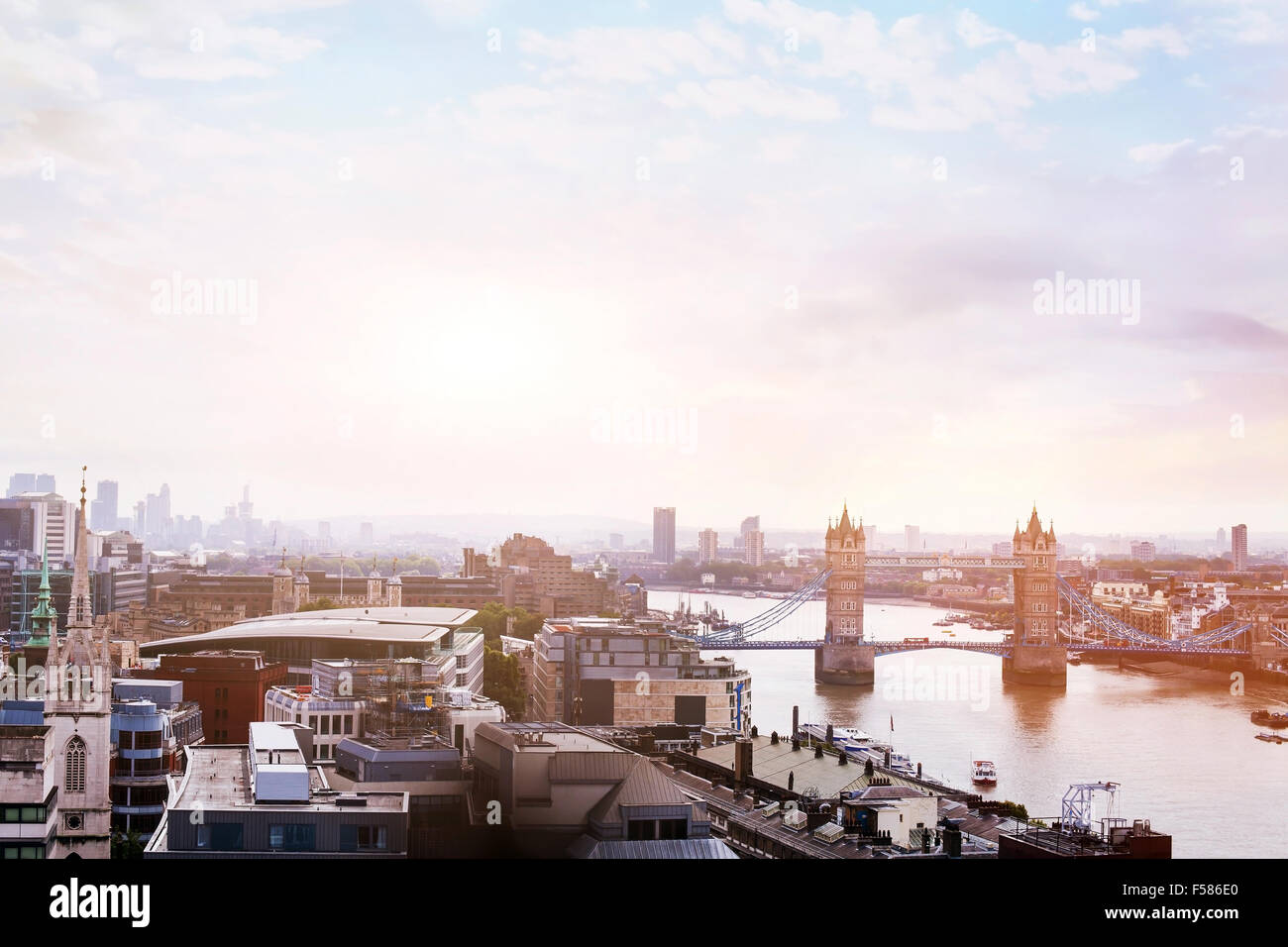 panoramic view of London, sunrise over Tower Bridge - Stock Image
